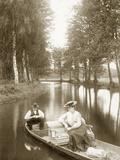 Boat ride through the summer Spreewald, 1904 Photographie par  Scherl