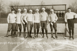Ice hockey team of the Leipzig Sports Club, 1907 Reproduction photographique par  Scherl
