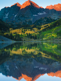 Maroon Bells Just as the Sun Was Rising Photographic Print by Brad Beck