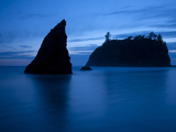 Olympic National Park, Wa: Sea Stacks Get Wrapped by the Incoming Tide Photographic Print by Brad Beck