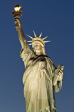 Statue of Liberty - Manhattan - New York City - United States Photographic Print by Philippe Hugonnard