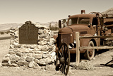 Burned wagons point - Stovepipe Wells Village - Death Valley National Park - California - USA - Nor Photographic Print by Philippe Hugonnard