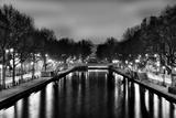 Blick auf den Saint-Martin-Kanal, Paris, Frankreich Fotodruck von Philippe Hugonnard