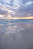 Sunrise, Bavaro Beach, Higuey, Punta Cana, Dominican Republic Fotografisk tryk af Lisa S. Engelbrecht