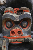 First Nation Totem Pole, Thunderbird Park, Victoria, Vancouver, British Columbia, Canada Photographic Print by Walter Bibikow