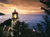 View of Heceta Head Lighthouse at Sunset, Oregon, USA Fotografisk tryk af Stuart Westmorland