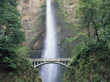 Bridge, Multnomah Falls, Columbia Gorge, Oregon, USA Photographic Print by Walter Bibikow