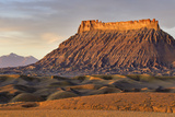 Factory Butte, the Henry Mountains, Upper Blue Hills Near Hanksville, Utah, USA Stampa fotografica di Chuck Haney
