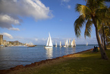 Friday Night Sailboat Races, Ala Wai Harbor, Waikiki, Honolulu, Oahu, Hawaii, USA Fotografisk trykk av Douglas Peebles