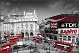 LONDON - Picadilly Circus Mounted Print