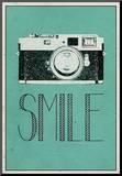 Smile Retro Camera Reprodukce aplikovaná na dřevěnou desku