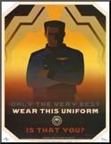 Battlestar Galactica Only the Very Best Wear this Uniform TV Poster Print Affiche montée sur bois