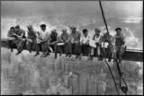 Déjeuner au sommet d'un gratte-ciel, 1932 Affiche montée sur bois par Charles C. Ebbets