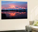 Lake with Mt McKinley, Denali National Park and Preserve, Alaska, USA Plakater af Hugh Rose