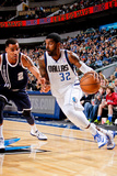 Dallas, TX - January 18: O.J. Mayo and Thabo Sefolosha Photographic Print by Glenn James