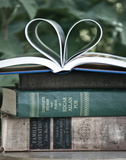 Katie Guinn - Love Books I Plakát