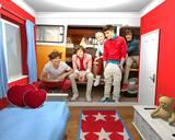 One Direction Campervan Wall Mural Vægplakat i tapetform