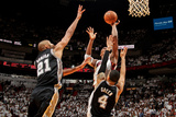 Miami, FL - JUNE 6 Chris Bosh, Tim Duncan and Danny Green Photographic Print