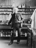 Thomas A. Edison at the Desk in His Laboratory, West Orange, NJ, Ca. 1911 Affiches