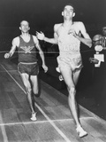 Jim Ryun Winning the 1966 Baxter Mile at New York Athletic Club Indoor Games Foto