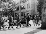 African-American Students Leaving under Military Escort, Little Rock, 1957 Foto