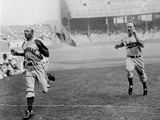 Jesse Owens Beating Baseball Player George Case in 100-Yard Dash in 1946 Photo