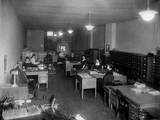 Office of the Underwood Typewriter Company in Washington, D.C., Ca, 1910 Posters