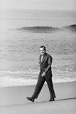 Richard Nixon Walking on the Beach in San Clemente, Ca. 1969-74 Posters
