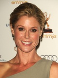 Julie Bowen at 63rd Primetime Emmy Awards, Los Angeles, CA, Sep 16, - julie-bowen-at-63rd-primetime-emmy-awards-los-angeles-ca-sep-16-2011