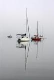 Red Sailboat II Reproduction photographique par Tammy Putman
