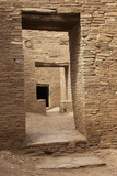 Doorways Inside Pueblo Bonito, an Anasazi/Ancestral Puebloan Site in Chaco Canyon, New Mexico Lámina fotográfica