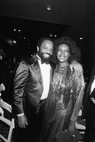 Mary Wilson, Berry Gordy 1983 Fotografisk tryk af Isaac Sutton