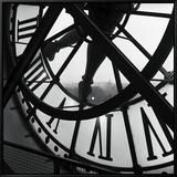 Die Uhr des Musée d'Orsay Leinwandtransfer mit Rahmung von Tom Artin