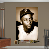Pittsburgh Pirates Roberto Clemente - Portrait Mural Decal Sticker Wall Decal