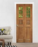 Holztür mit Ausblick in den Bambusgarten Fototapete Türposter Fototapeten
