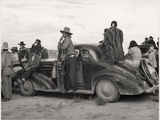 Vintage Image of Native Americans Sitting On an Early Automobile Impressão fotográfica por B.Anthony Stewart