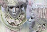 Women in Colorful Masks and Costumes During Carnival Fotografisk trykk av Joe Petersburger