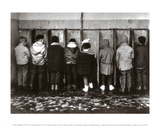 Duif komt ook plassen Posters van Robert Doisneau