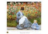 Camille Monet mit Kind im Garten Poster von Claude Monet