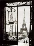 Paris, France - Vue de la Tour Eiffel Affiches par  Gall