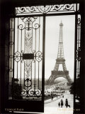 París, Francia,: vista de la torre Eiffel Láminas por  Gall
