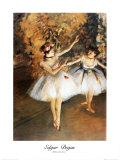 Deux danseuses sur scène Affiches par Edgar Degas