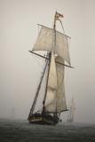 The Pride of Baltimore in a Rain Squall in a Schooner Race Fotografisk trykk av Richard Olsenius