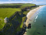 Mussenden Temple, a Folly on the North Irish Coast Impressão fotográfica por Chris Hill