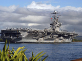 Aircraft Carrier USS Abraham Lincoln Arrives in Pearl Harbor, Hawaii Photographic Print by Stocktrek Images