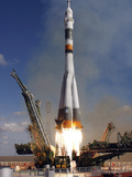 The Soyuz TMA-13 Spacecraft Launches from the Baikonur Cosmodrome in Kazakhstan Photographic Print by Stocktrek Images