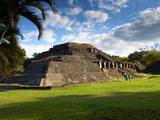 Tazumal Mayan Ruins, Located in Chalchuapa, El Salvador Papier Photo par John Coletti