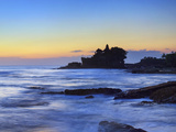 Pura Tanah Lot Temple, Tanah Lot, Bali, Indonesia Photographic Print by Michele Falzone
