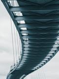 USA, Nebraska, Omaha, Bob Kerrey Pedestrian Bridge Across the Missouri River Fotografie-Druck von Walter Bibikow