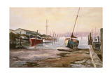 Gillingham Pier on the Medway Giclee Print by Vic Trevett